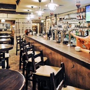Новое место (Киев): Ресторан «Чёрный поросёнок» — Нове місце на The Village Україна