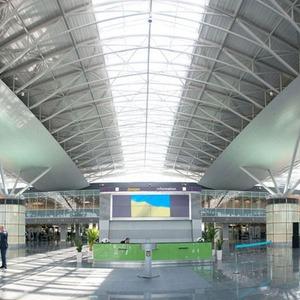 Фоторепортаж: В аэропорту Борисполь открыли самый большой на Украине терминал — Фоторепортаж на The Village Україна