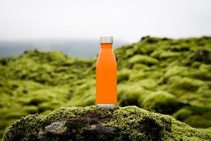 Носити воду у власній пляшці