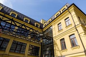 Яким буде готель BURSA: репортаж за місяць до відкриття