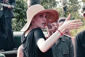Анджеліна Джолі у Камбоджі, новий альбом Foo Fighters і демо-версія FIFA 18