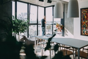 Двоповерхова квартира із краєвидом на НСК «Олімпійський»