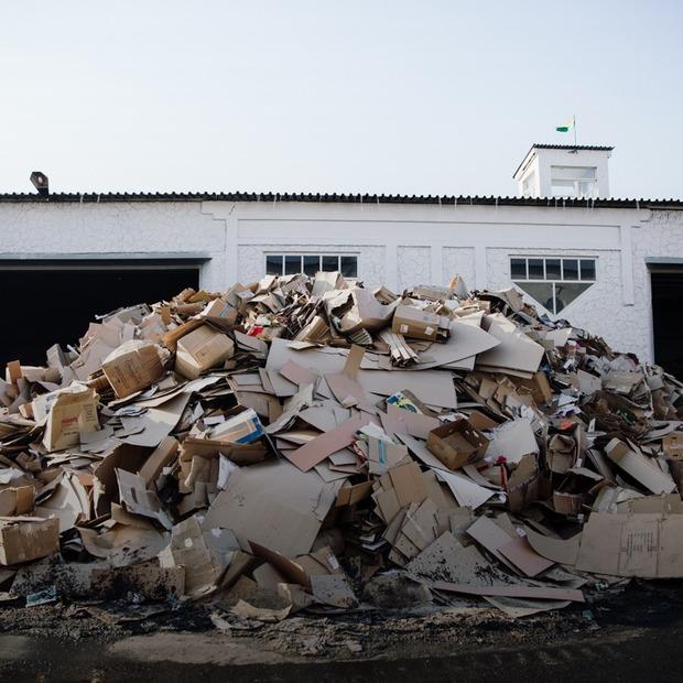 Що відбувається зі сміттям після сортування  — Є питання на The Village Україна