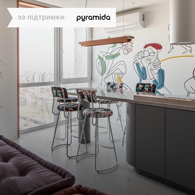 Мурал Маші Реви у квартирі дівчини на Русанівці — Квартира тижня на The Village Україна