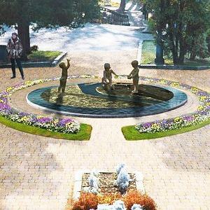 В Ботаническом саду им. Фомина установят новую скульптуру — Ситуація на The Village Україна