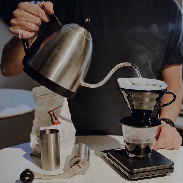 Кава з доставкою: 15 варіантів від українських кав'ярень — Гід The Village на The Village Україна