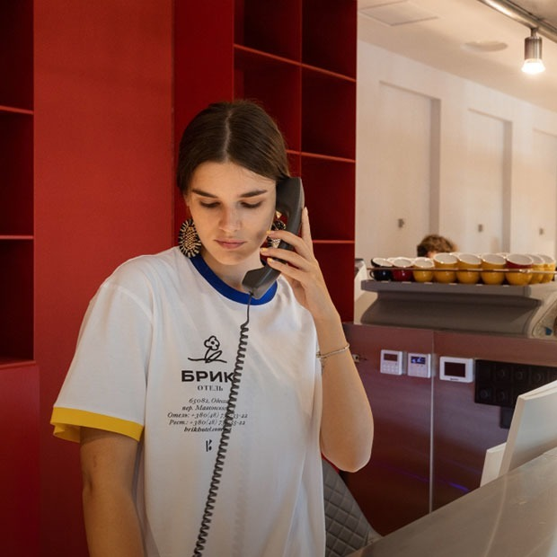 Готельний комплекс «Брик» в Одесі з рестораном і руфтоп-баром — Нове місце на The Village Україна