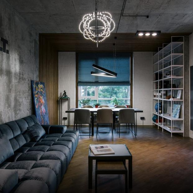 Лофт дизайнерської студії Homecult зі стінкою з натуральної сосни — Офіс місяця на The Village Україна