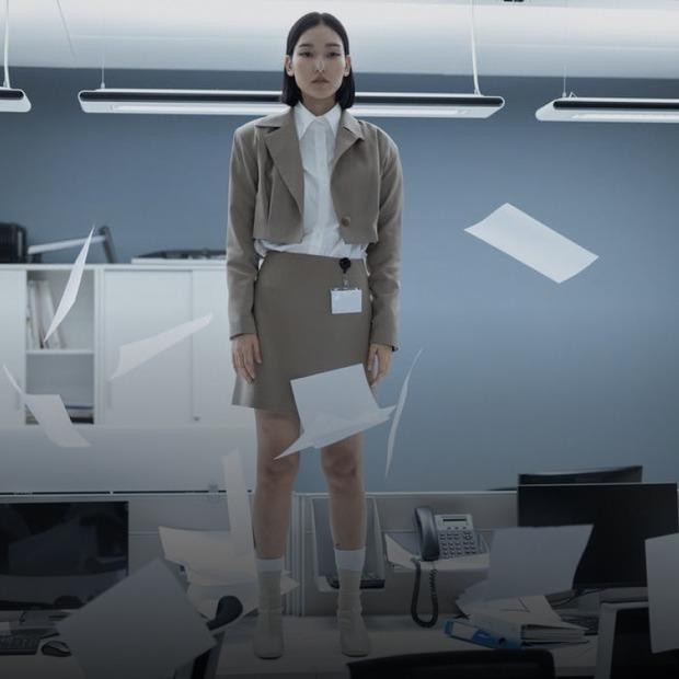 На роботі забороняють працювати на фрилансі. Це взагалі окей?  — Ділова етика на The Village Україна