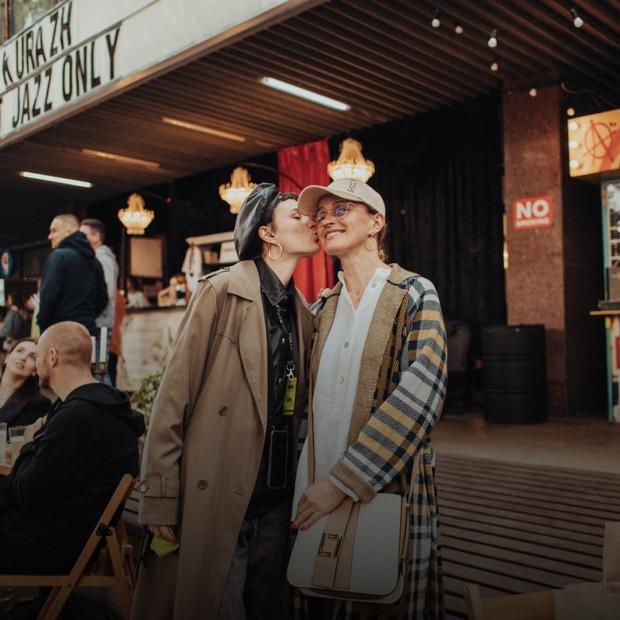 Останній «Кураж» перед канікулами, день народження Closer і сольник Олега Каданова — Плани на вихідні на The Village Україна