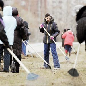Более 20 тысяч киевлян выйдут на уборку 140 парков и скверов — Ситуація на The Village Україна