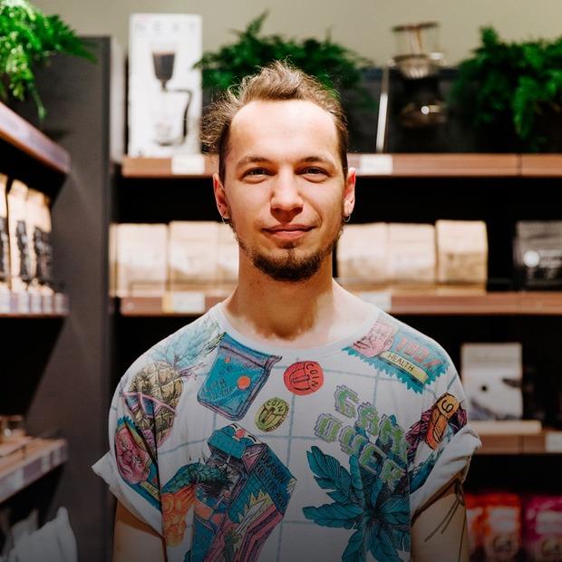 Я запустив кав'ярні у п'яти містах за рік  — Люди в місті на The Village Україна