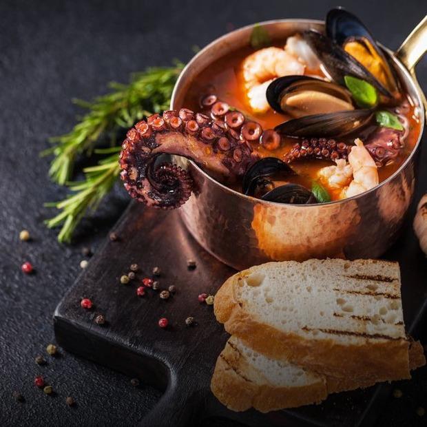 Три небанальні рецепти гарячих супів — Рецепти на The Village Україна