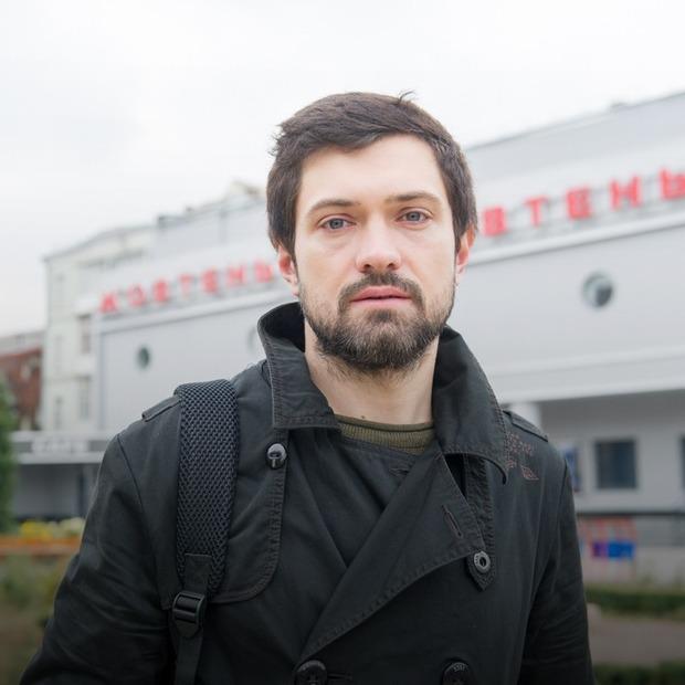 Роман Бахарєв, 27 років, лідер групи Bahroma — Зовнішній вигляд на The Village Україна
