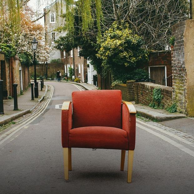 Не за всі гроші світу: як купувати недорогі меблі