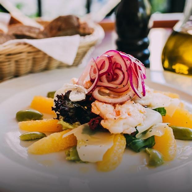 3 небанальні рецепти літніх салатів