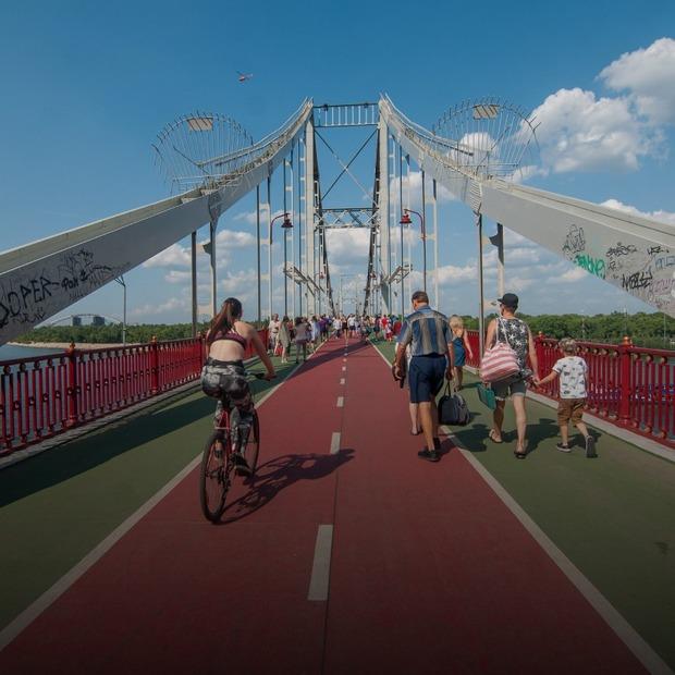 На Трухановому острові побудують велодоріжку: з вело-СТО, навігацією й місцями для відпочинку   — Інфраструктура на The Village Україна