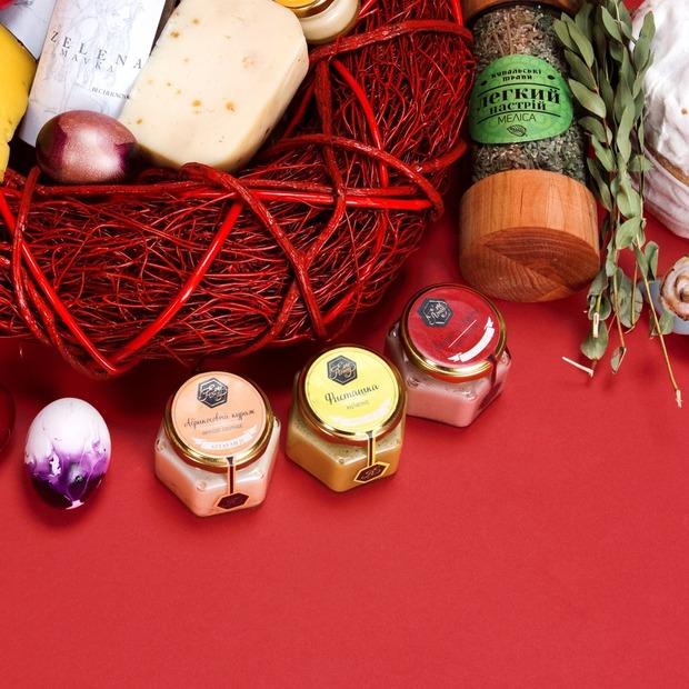 10 продуктів до великоднього столу на гастромаркеті «Всі. Свої»
