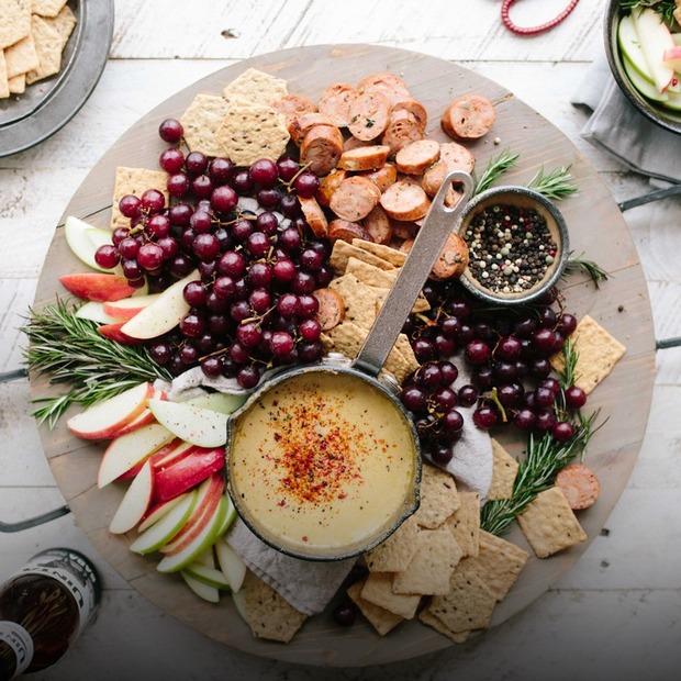 Небанальні рецепти страв із виноградом — Рецепти на The Village Україна