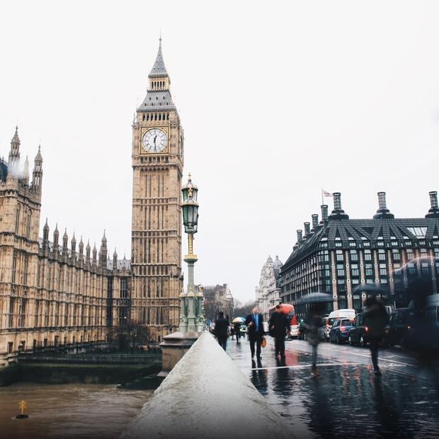 Скільки коштує подорож у Велику Британію