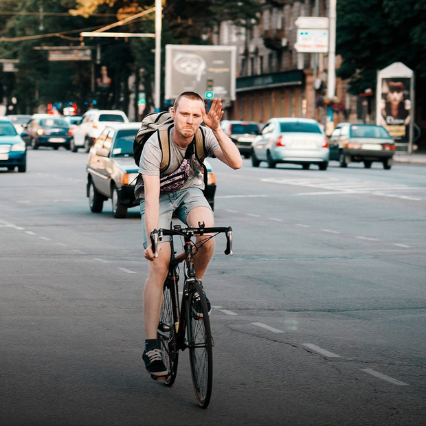 «Я не готова проводити 3 години в заторах». Ці люди більше не їздять на автомобілі щодня – їм ок — Люди в місті на The Village Україна