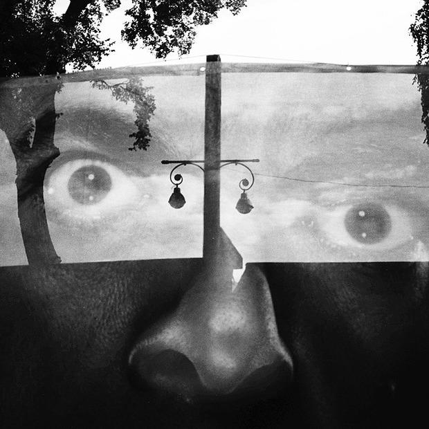 Камера спостереження: Олександр Навроцький знімає чорно-білий Київ — Камера спостереження на The Village Україна