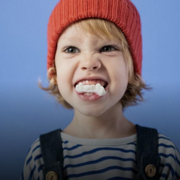 Скрегіт зубами, кусання нігтів, жування олівця. Що таке бруксизм та як із ним боротися  — Здоров'я на The Village Україна