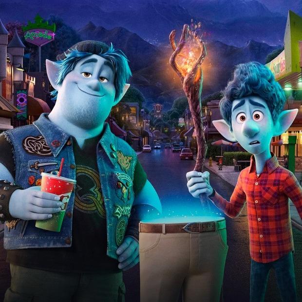 Дивимося новий мультфільм Pixar «Уперед» із ведучими подкасту «Простими словами» — Перший ряд на The Village Україна