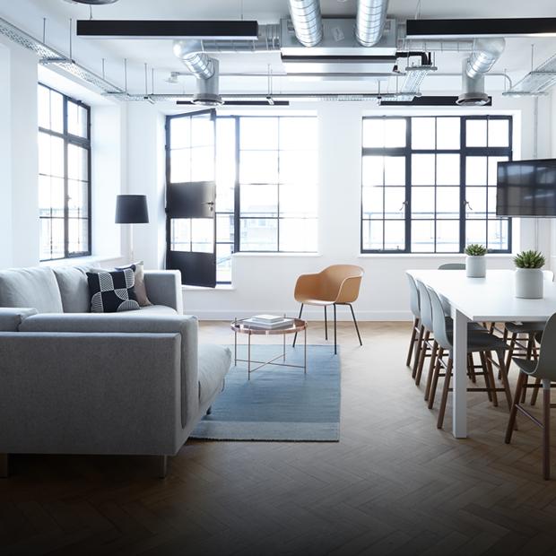 У чотирьох стінах: як розташувати меблі в кімнаті  — Дизайн-хак на The Village Україна