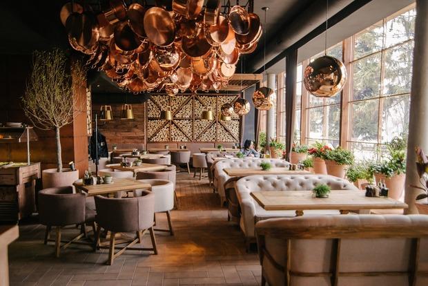 Ресторан-пекарня Spezzo на Русанівській набережній  — Нове місце на The Village Україна