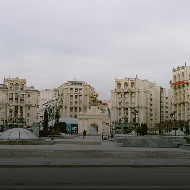 Київ на карантині: майже порожнє місто на фото Акіма Карпача  — Фоторепортаж на The Village Україна