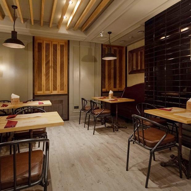 Винный бар Vinsanto — Нове місце на The Village Україна