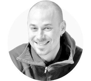 На завтрак: Алексей Сай — об инструментах в искусстве и корпоративных кочевниках — Люди в місті на The Village Україна