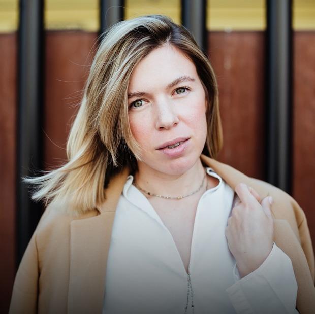 Олена Лисицька, співзасновниця Kyivness та засновниця Meiso Matcha — Зовнішній вигляд на The Village Україна