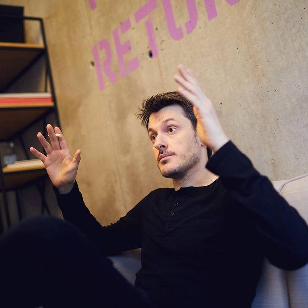 Ілля Найшуллер: «За десять років я зніму фільм про Джеймса Бонда»  — Лекція на The Village Україна
