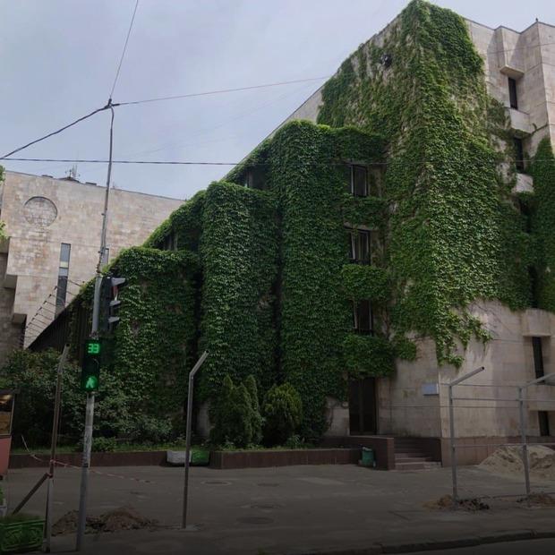 Будинок із квітами на Січових може стати офісним центром висотою 9-поверхівки. Що відбувається?   — Архітектура на The Village Україна