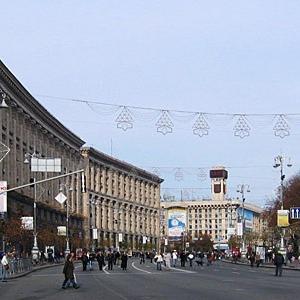 Паспорт Крещатика: Велодорожка, деревья в кадках и минимум рекламы — Ситуація на The Village Україна