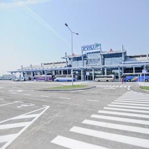 Фоторепортаж: Новый терминал аэропорта Киев — за день до открытия — Фоторепортаж на The Village Україна