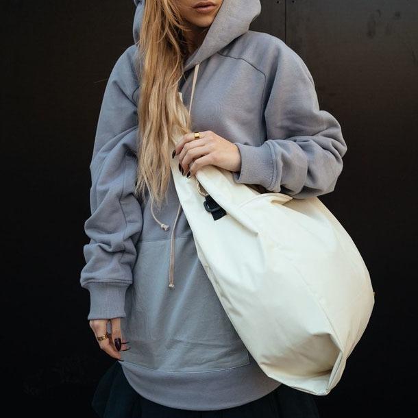 Об'ємна міська сумка від GUD