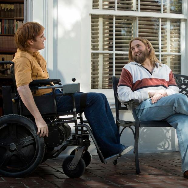 Дивимося «Не хвилюйся, він далеко не піде» з людьми з інвалідністю — Перший ряд на The Village Україна