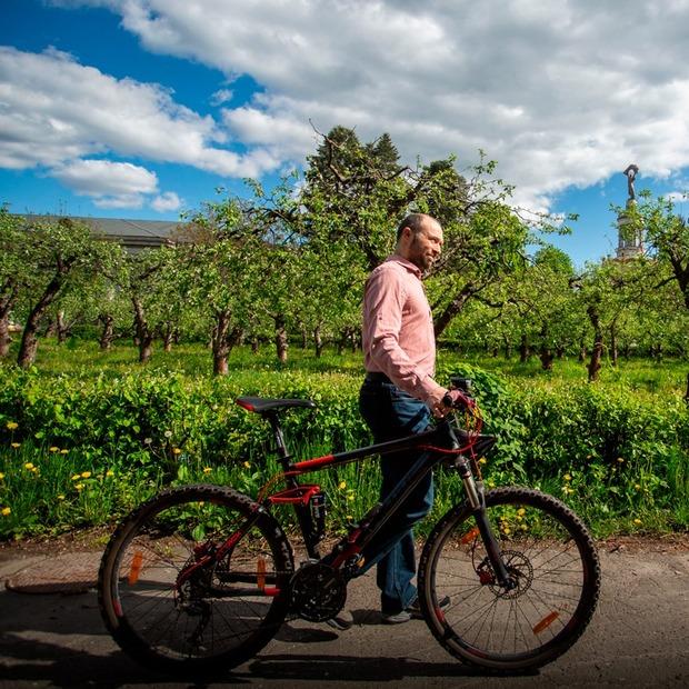 Як ВДНГ працює в режимі «жесть», але сподівається перейти до «песимістичного сценарію» — Місто на The Village Україна