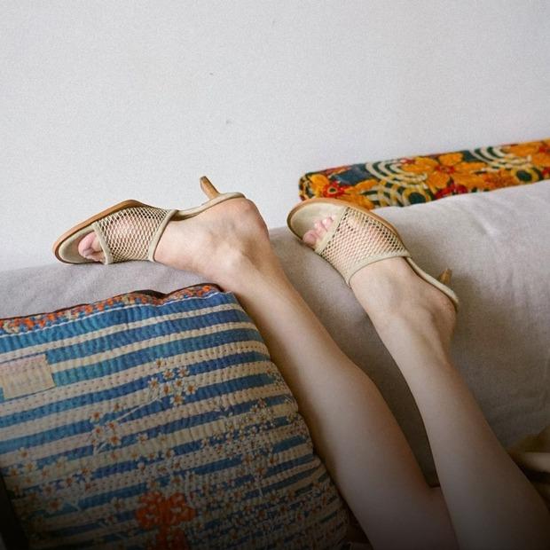30 пар літнього взуття для спеки та прохолодних днів  — Гід The Village на The Village Україна