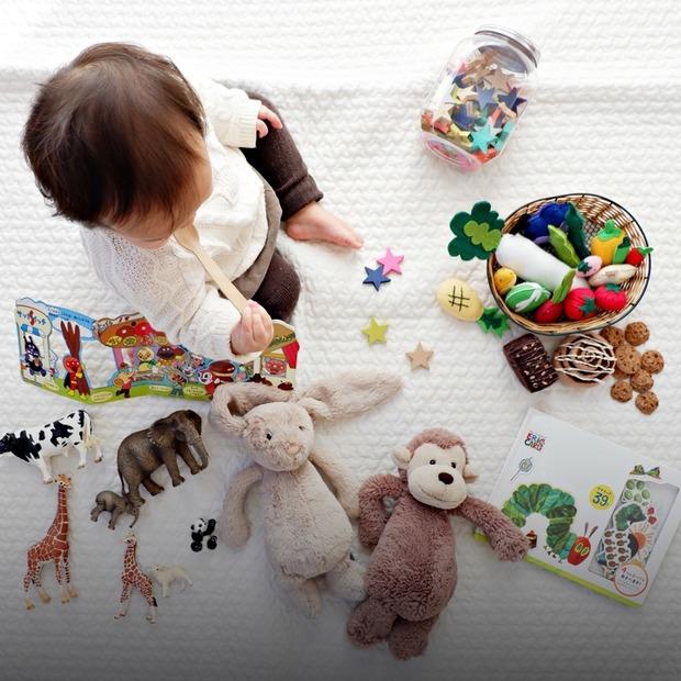 Чек-лист: які іграшки потрібні дитині до року — Дитяче питання на The Village Україна