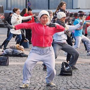 С конца апреля в Киеве начнут проводить зарядки под открытым небом — Євро-2012 на The Village Україна