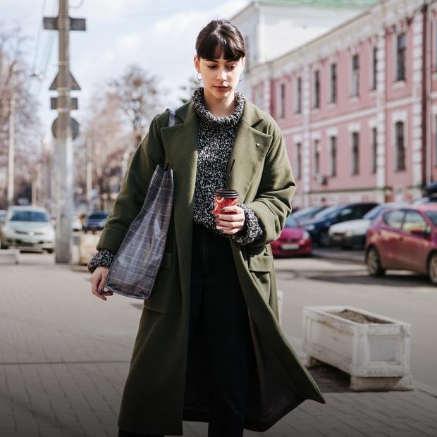 Весна у місті: стильні люди в перші сонячні дні   — Зовнішній вигляд на The Village Україна