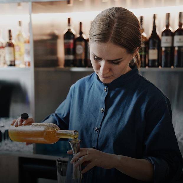 Коктейльний бар Fino біля «Театральної»  — Нове місце на The Village Україна