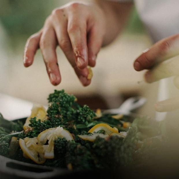 Як заощадити на здоровому харчуванні — Є питання на The Village Україна