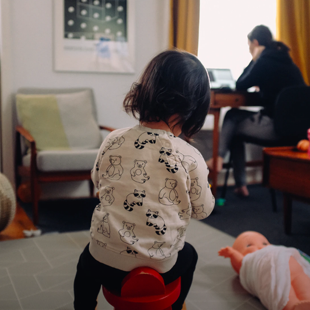 Моя дитина б'ється. Що робити?  — Дитяче питання на The Village Україна