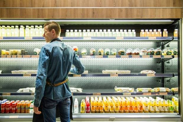 MOMO: Здорова їжа на Контрактовій площі