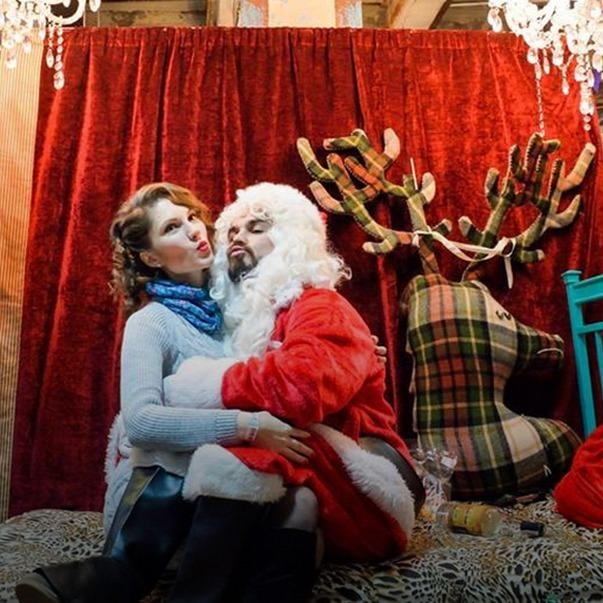 Різдвяний «Кураж Базар»: упряжки хаскі, резиденція Поганого Санти і  ялинковий базар — Гід The Village на The Village Україна